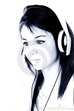 Free Beautiful Teen Girl With Headphones In Blue Tones Royalty Free Stock Images - 167739