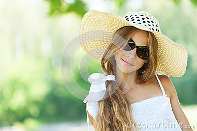Beautiful teenage in wide-brimmed