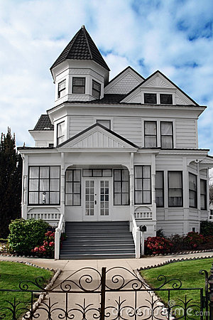 Free Beautiful Victorian House Royalty Free Stock Photography - 1457517