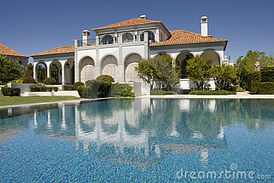 Beautiful villa with garden and a pool