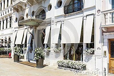 White House Hotel Londra