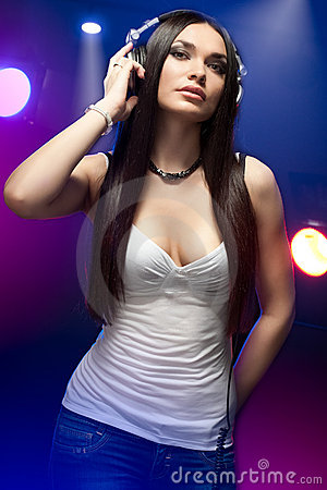 Free Beautiful Woman Dj Wearing Headphones Royalty Free Stock Images - 19842279