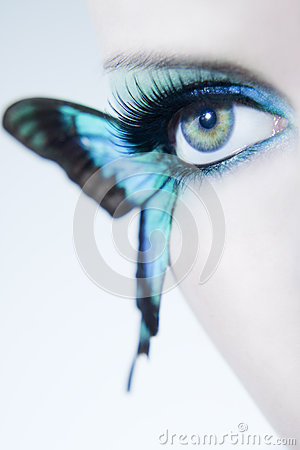 Free Beautiful Woman Eye Close Up With Butterfly Wings Royalty Free Stock Image - 39500236
