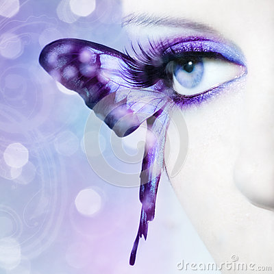 Free Beautiful Woman Eye Close Up With Butterfly Wings Royalty Free Stock Photo - 39500325