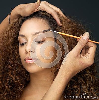 Free Beautiful Woman Having Eye Make Up Application From Professional Stock Image - 35320061