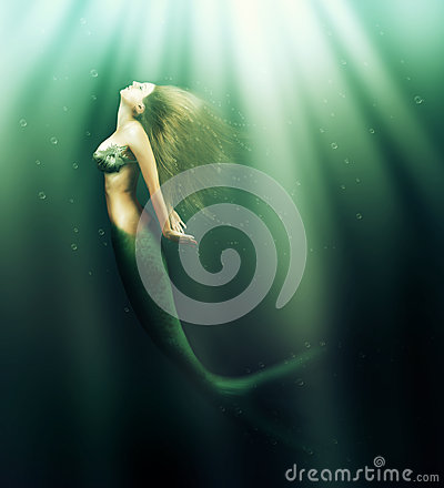 Free Beautiful Woman Mermaid With Fish Tail Royalty Free Stock Photos - 35275248