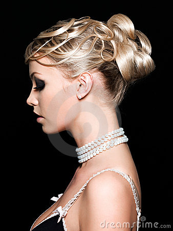 Free Beautiful Woman S Hairstyle Royalty Free Stock Photos - 14259778