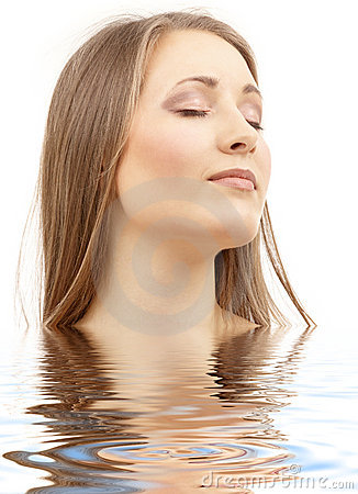 Free Beautiful Woman With Closed Eyes In Water Royalty Free Stock Photo - 5138565