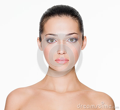Free Beautiful Woman With Fresh Skin Of Face Royalty Free Stock Images - 33924549