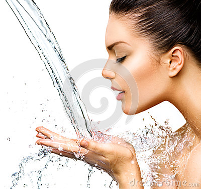 Free Beautiful Woman With Splashes Of Water Stock Images - 40988754