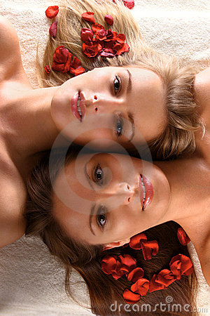 Free Beautiful Women With Red Flower Petals Stock Photography - 13358722