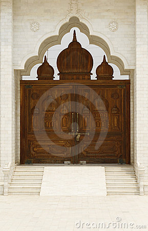 Free Beautiful Wooden Gate To A Holy Temple In India Royalty Free Stock Photography - 10788067