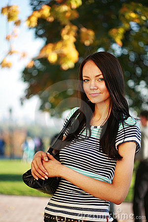 Free Beautiful Young Woman In Park Royalty Free Stock Images - 3348329