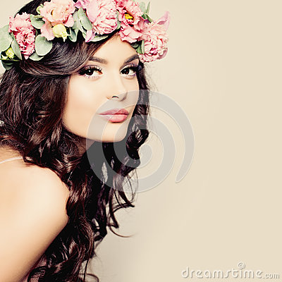 Free Beautiful Young Woman With Summer Pink Flowers Royalty Free Stock Images - 57375089