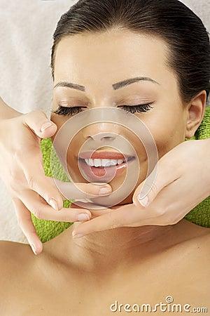 Beautifulwoman enjoy receiving face massage