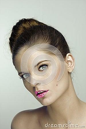 Beauty portrait of glamorous woman