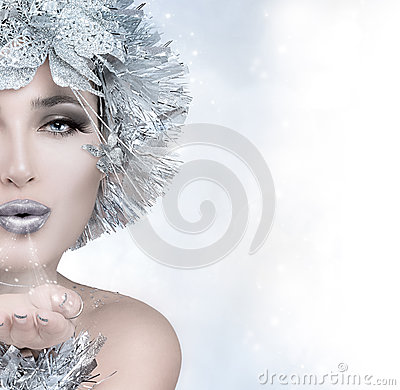 Free Beauty Christmas Girl Sending A Kiss Stock Photos - 45269203