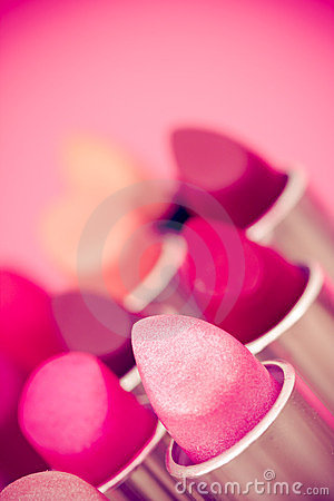Beauty & cosmetics:lipsticks and lipgloss