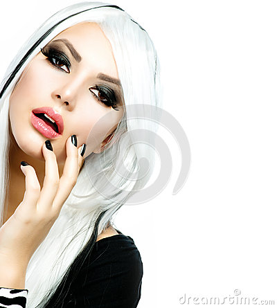 Fashion Girl black and white style