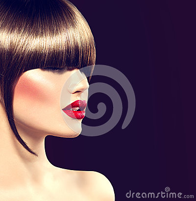 Free Beauty Fashion Model Girl With Glamour Haircut Stock Photo - 49660920