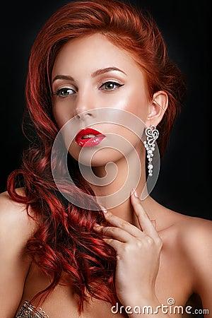 Free Beauty Fashion Model Retro Girl Over Black Background. Vintage Style Woman Portrait. Royalty Free Stock Photo - 69282285