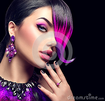 Free Beauty Fashion Woman With Purple Dyed Fringe Stock Images - 78138754