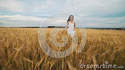 beauty-girl-outdoors-enjoying-nature-beautiful-teenage-model-girl-white-dress-running-spring-field-sun-light-glow-97438526 The right way to Act Properly in Latina America