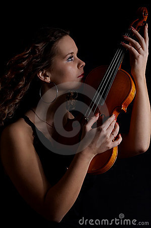 Free Beauty Girl With Violin Royalty Free Stock Photos - 2082098