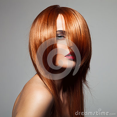 Free Beauty Model With Perfect Long Glossy Red Hair. Royalty Free Stock Images - 48152719