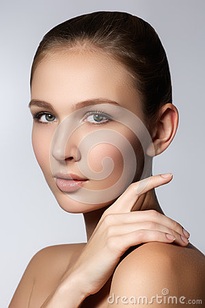 Free Beauty Portrait. Beautiful Spa Woman Touching Her Face. Perfect Fresh Skin. Pure Beauty Model Girl. Youth And Skin Care Concept Stock Image - 65736011