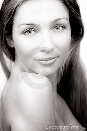 Beauty portrait of woman with naked shoulder