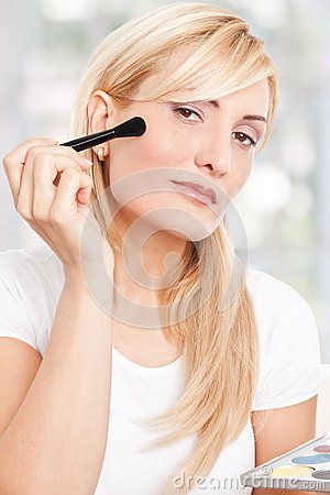 Beauty woman making-up