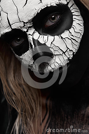 Free Beauty Woman With Scary Skull On Her Face Stock Photo - 78999170