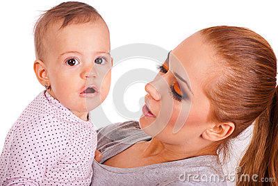 Bebé espantado com batom