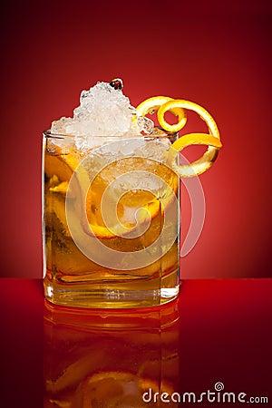 Bebida anaranjada del refresco