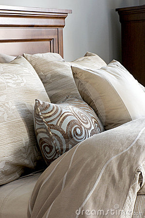 Bed Linens and Pillows