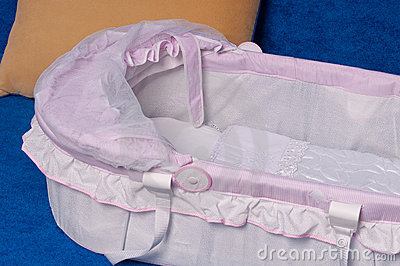 Bed for the newborn.