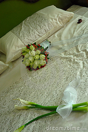 Free Bed Of Flowers Royalty Free Stock Photos - 2015178