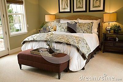 Bedroom 2402