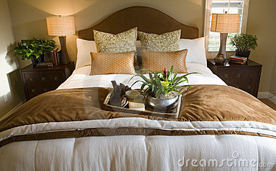 Bedroom 2725