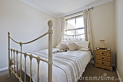 Bedroom with classic double bed