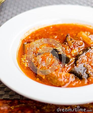 Beef and eggplants stew