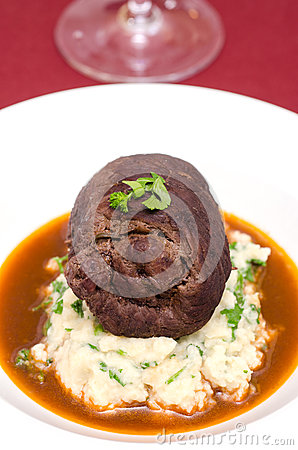 Beef roulade with gravy