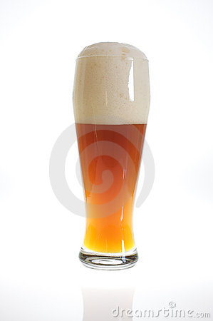 Free Beer Glass With Beer In Backlight Royalty Free Stock Photography - 11856277