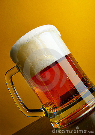 Free Beer Mug Close-up With Froth Stock Photography - 3993062