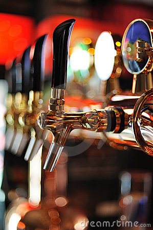 Free Beer Taps Inside Pub Stock Photo - 17047650