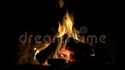 Selbstbefriedigung Vor Loderndem Feuer