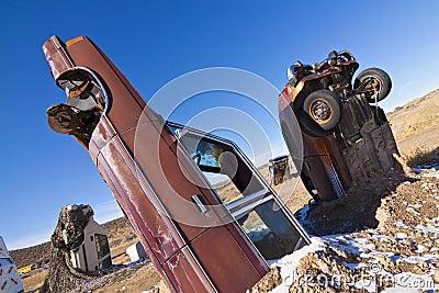 Begrabene Junked Autos