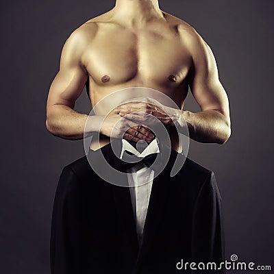 Herrenbekleidung-Anzug