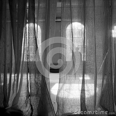 Free Behind The Curtain Royalty Free Stock Photos - 115885688